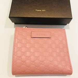 Brand New Gucci Pink Microguccissima Wallet